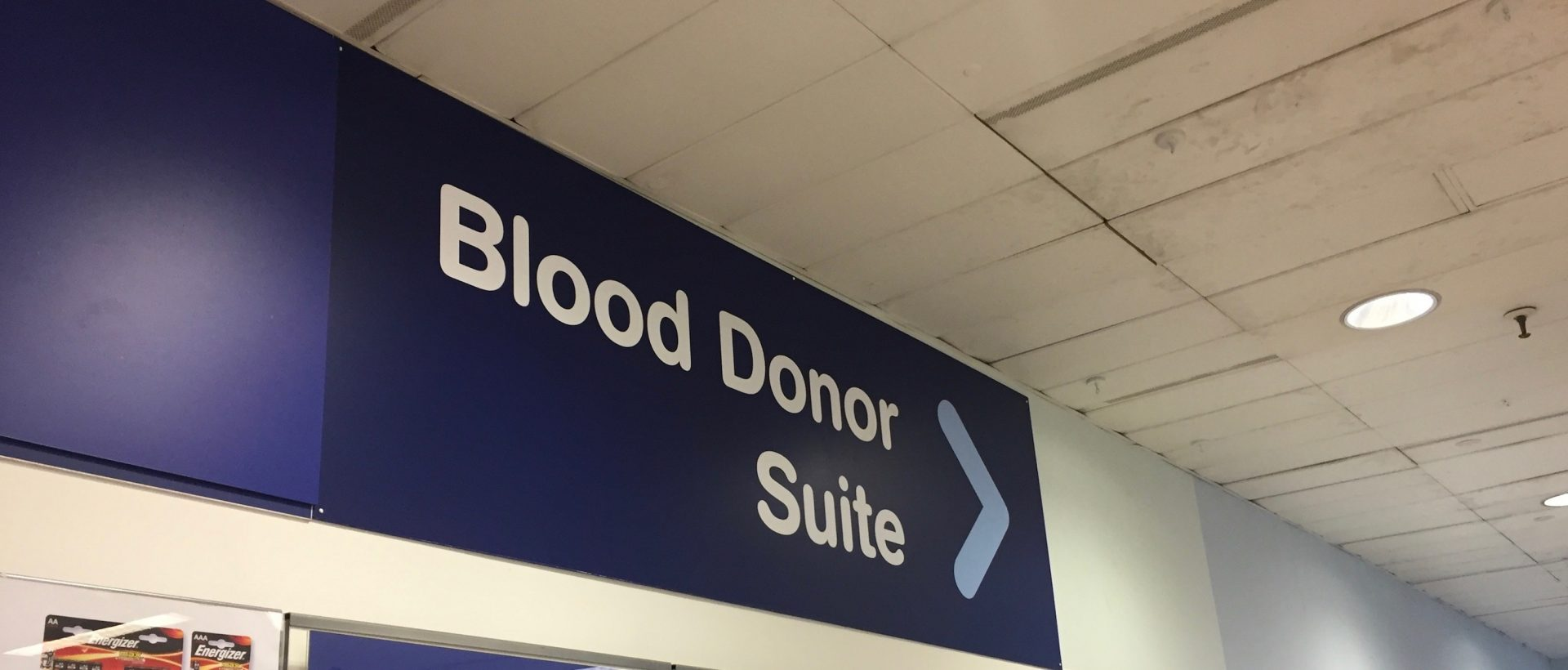 Photo of sign pointing to blood donor suite at The Dolphin Centre